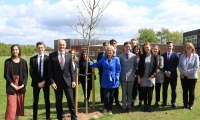 Anne Main MP visits Sandringham School